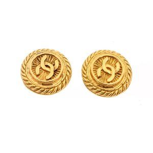 Chanel Vintage Gold Rope Round Clip On Earrings